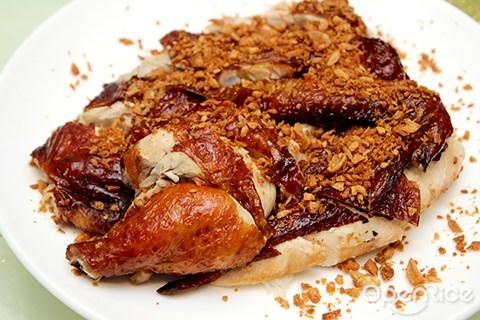 crispy chicken with garlic, hong kong, malaysia, kl, pang's kitchen, michelin restaurant, taman desa, pang's kitchen