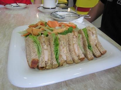 Chicken Mayo (辣椒鸡肉三文治)