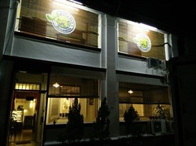JanxDen Greenlife Cafe